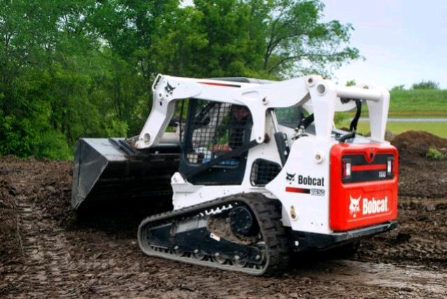Where to find SKIDSTEER TRACKED in Hayden